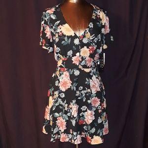 Trixxi Dresses - ** Trixxi Midi Dress Waistband Elastic back Floral